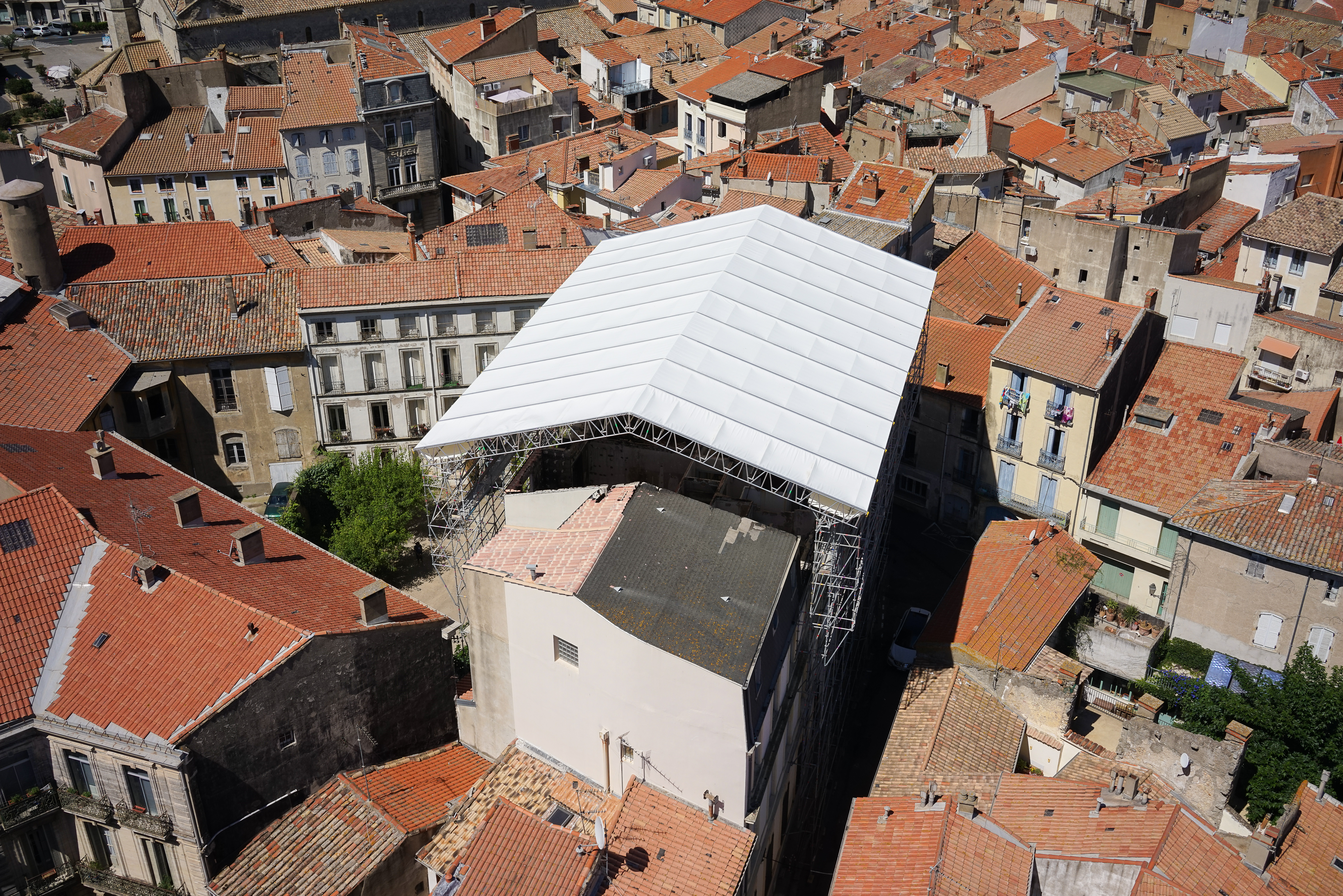 Temporary roof covering